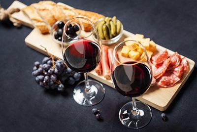 How to combine Macvin du Jura: advice - Vins Bonnot Jura